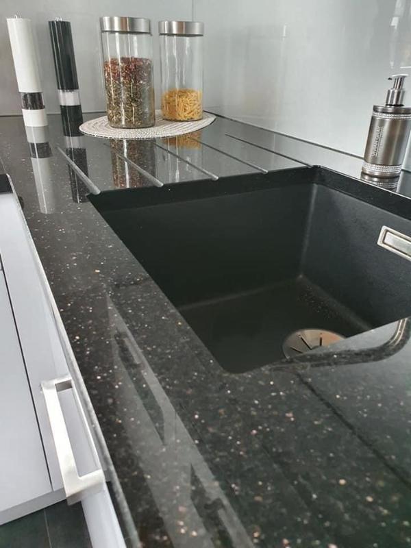 Kuchyňské pracovní desky z kamene 14